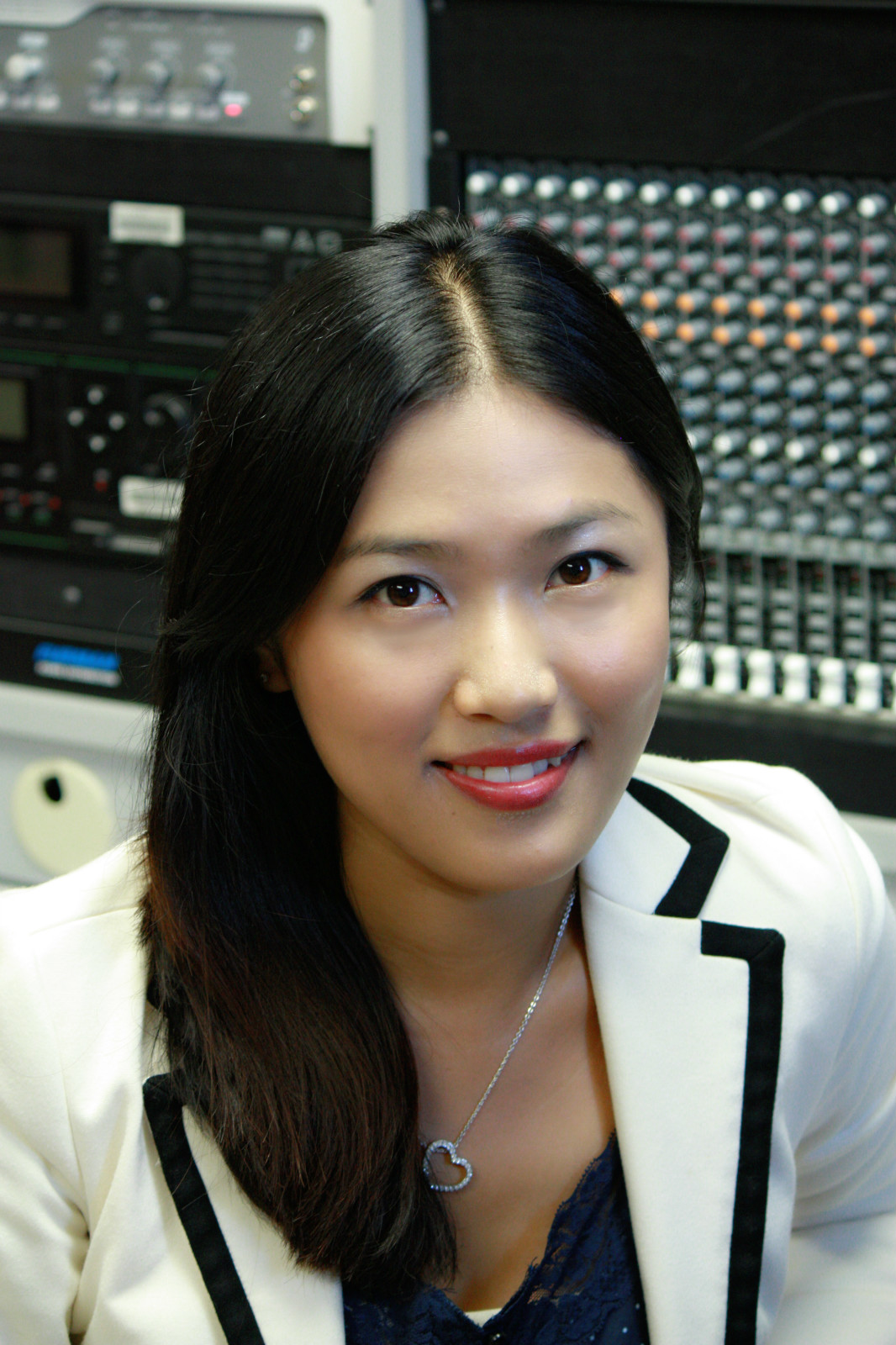 Yang Jiang net worth salary